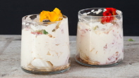 Sweet Valentine – Eton Mess with Coconut cream